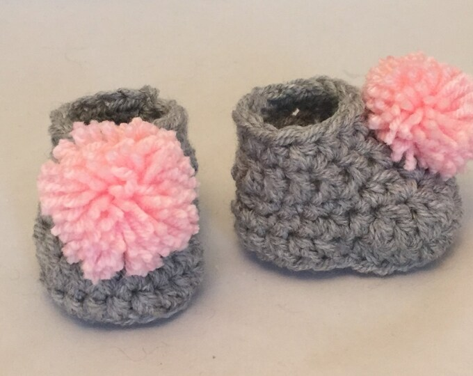 hand made crochet chunky pom pom baby booties wool  gift baby shower new baby  grey pink