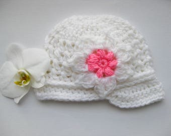 SALE! Crochet girl's hat, sport hat, newsboy hat, cap girl's hat, White color.