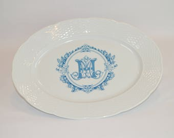 "Lauryn 14"" Oval Platter (shown with image #i123 - Blue H Monogram w/ leaves)"