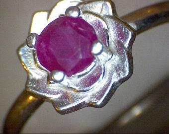 Beautiful Ruby Flower Ring