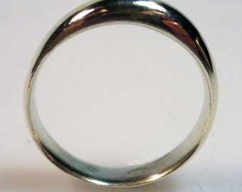 Sterling Silver Single Bubble Wedding Band