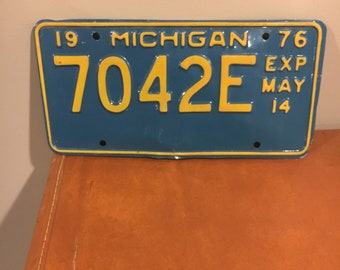 Vintage 1976 Michigan temporary license plate