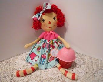 Raggedy Doll, PRIMITIVE, Cupcake