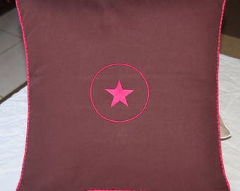 Cushion cover brown chocolate with raspberry pink star - House COLLECTION