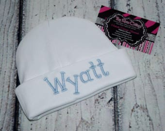 Embroidered Baby hat, personalized Baby Beenie, Boy or Girl