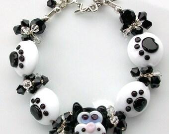 Hey Kitty Kitty  Swarovski Crystal and Lampwork Beaded Bracelet  srajd  handmade pets