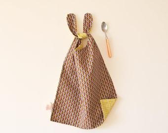 Handmade bib, long bib, reversible bib, baby shower gifts, Bib to tie, toddler bib, reversible napkin, cotton bib, yellow, big kids bib