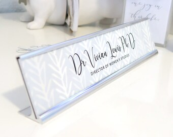 "Custom Nature Nameplate ""Vivian"" - Personalized Desk Name Plate Sign Decor - Office Accessories - Modern Office Decoration - Wall Mounted"