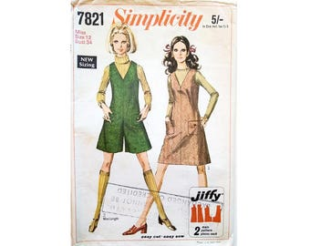 """Vintage 60's Simplicity 7821 Simple to Sew V Neck Jumper Dress or Mini Shorts Jumpsuit Sewing Pattern Size Bust 34"""" UK 12"""