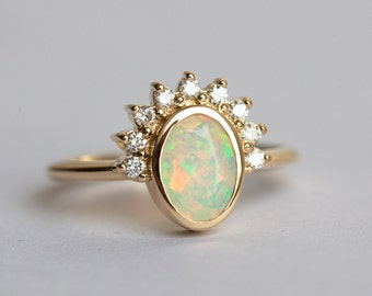 Oval Opal Engagement Ring, Opal and Diamonds ring, Diamond Opal Ring, Welo Opal Ring, Ethiopian Opal Ring, Gold Opal Diamond Ring