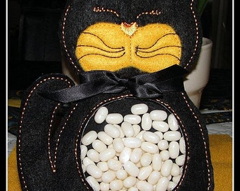 ITH Halloween Cat Treat Holder - (5x7) Instant digital download