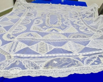 Vintage French Lace Queen Size Coverlet Gorgeous Handmade