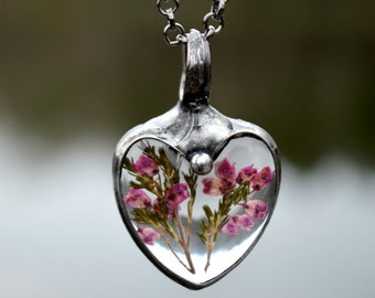 Dried Heather Flower Necklace, Heart Necklace, Wildflower Necklace, Heart Pendant, Real Heather Flowers, Real Flower Necklace (2495)
