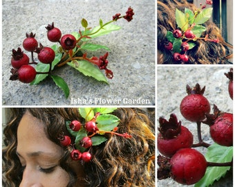 Realistic cranberry hair clip, OOAK, cranberry hair accessory, holiday hair barrette