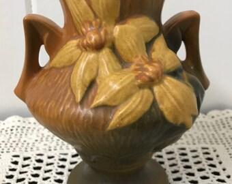 Vintage Roseville Vase, Roseville Clematis Vase, Clematis Flower Vase, Roseville Pottery