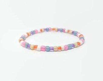 Pink Glass Bead Bracelet,Purple Seed Beaded Bracelet, Elastic Pink Bracelet, Pink Minimal Bracelet, Pink Slip on bracelet, layer bracelet