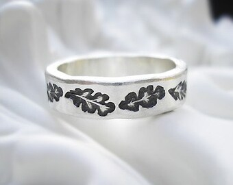Embossed Recycled Sterling Silver Ring - Antique Oak Leaves