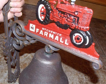 """Hand painted Cast Iron """" Superb Decorative Heavy McCORMICK FARMALL Red Tractor Wall Mounting Bell """""""