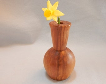 Mothers Day gift. gift for her, cedar wood bud vase, brown wood with unique grain patterns