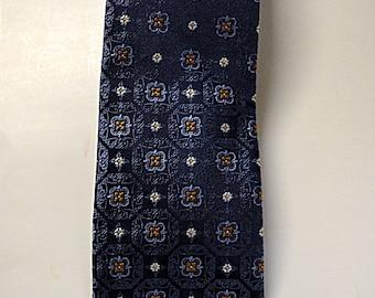 Vintage Blue  Silk Mens Necktie  Mens Dress Neckwear  Mint Condition