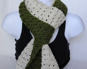Mini Broomstick Lace Side by Side Scarf Linen and Moss Green
