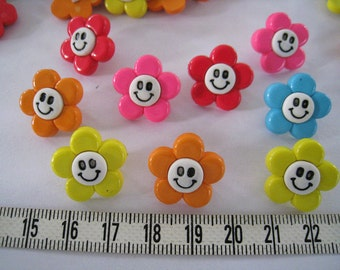 20pcs of Happy Flower Button in Yellow Pink Blue Red Orange - 18mm