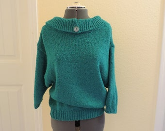 Vintage Green Sweater, fun and playful, with rounded neck and button detail, A Milano Size M