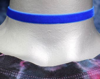 10mm Plain Royal Blue Velvet Choker