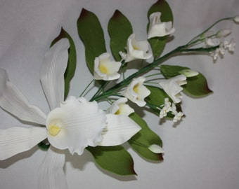 Orchid Spray - Extra Large Bloom (White) - Perfect edible decoration for adorning your cakes - FREE UK SHIPPING