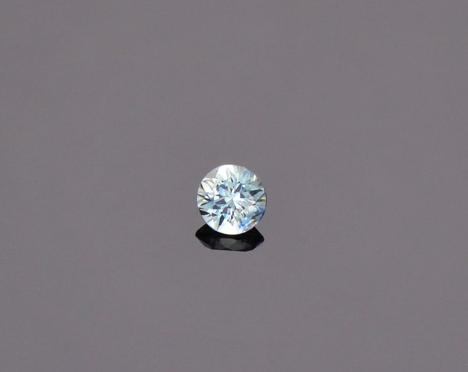 Ice Blue Green Sapphire Gemstone from Montana, Round, 0.39 cts., 4.2 mm.