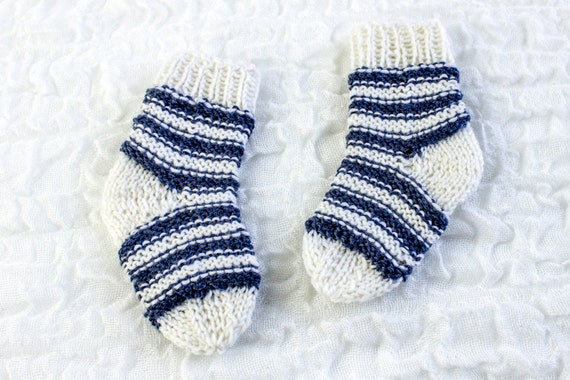 Knitting Pattern Classic Striped Socks Newborn Baby Socks