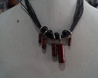 Necklace Burgundy resistance