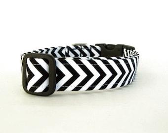 Chevron Dog Collar - Black and White Stripes