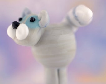 Mimi. lampwork kitty cat bead............ sra