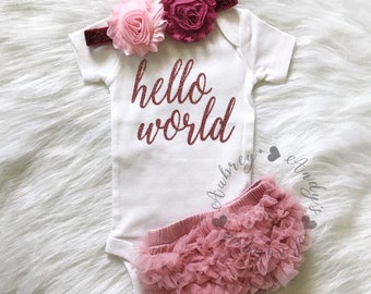 Baby Girl Coming Home Outfit | Hello World Newborn Outfit | Rose Gold Vinyl