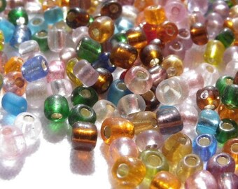 200 glass beads 4 mm transparent mix