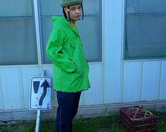 MISTY HARBOR Green Rubber Rain Coat