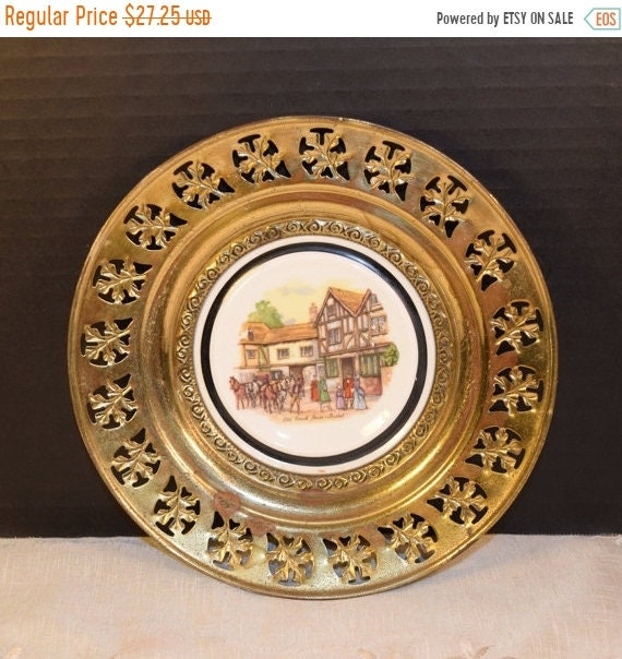 Delayed Shipping Regency Bone China and Brass Wall Plate Vintage Old Coach House Brass Framed Plate English Village English Tavern Pub Decor
