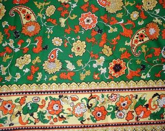 Vintage Hawaiian Fabric / FLORAL and PAISLEY Border Print / Barkcloth Texture /  Kelly Green Orange Gold  / Scallop Border / Draping Fabric