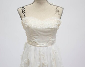 Strapless Vintage Wedding Dress