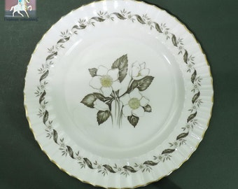 Royal Worcester Engadine Replacement China 10.5 inch Bone China Dinner Plate No Inner Verge Line Vintage 1950s Gardenia Floral