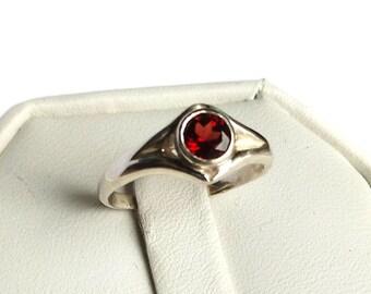 Garnet Double V ring