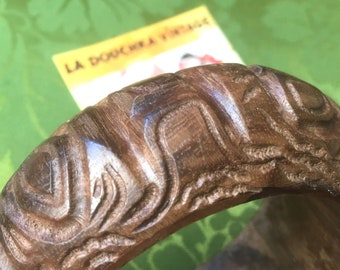 Ethnic Bohemian 1960s Women Wide Bangle Bracelet - Carved Wood - Handcrafted