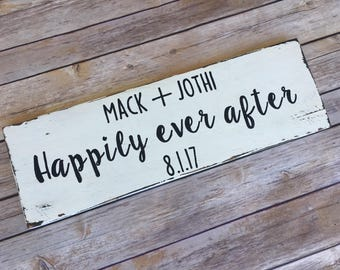 Personalized wood wedding sign/ personalized wedding signs wood/ personalized sign wedding/ wedding gifts for couple/family established sign