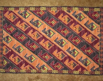 Turkish Delight hand-hooked rug