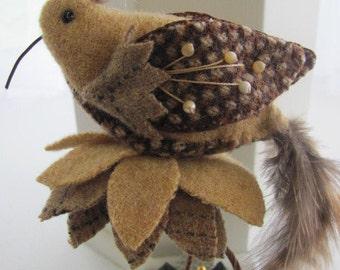 """Bird Pincushion """"Sandy"""""""