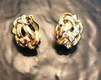 60er Jahre Vintage-Clip auf Gold geflochten, klobige Ohrringe