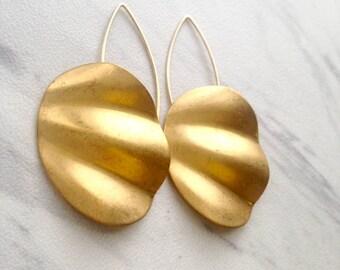Vintage brass Ripple Earrings