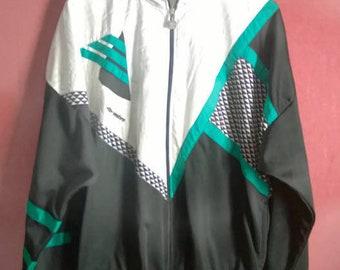 Vintage 90s Windbreaker Colorblock Multicolor Chevron Patterned Umbro White+Black jacket  Size  Large L