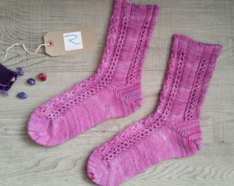Aspects of Spirit sock pattern, knitting pattern, knitted sock pattern, pdf sock knitting pattern
